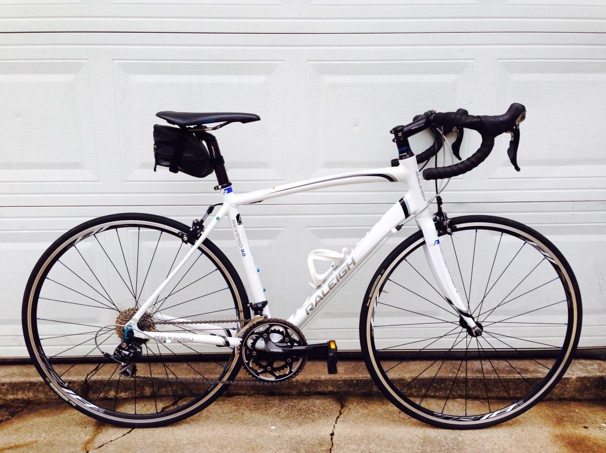 2012 Raleigh Revenio 3.0 Road Bike – $599 – Gomez Bike Exchange